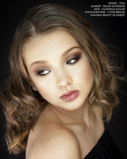 makeupby_tdavidson_1661228538895093832.png